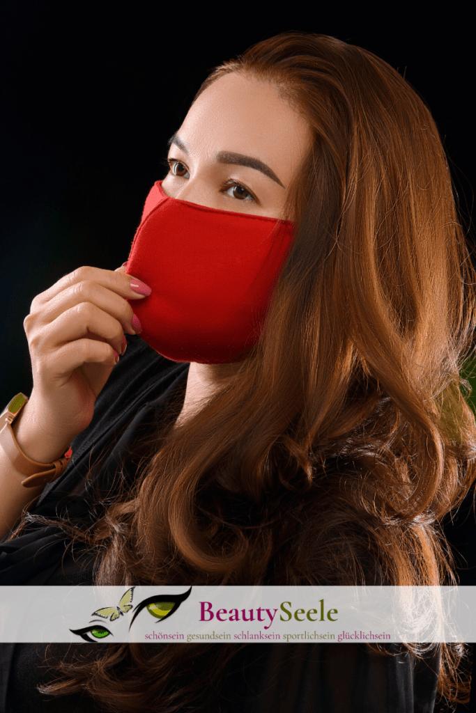 Coronavirus: Baumwollstoff und Draht für den Mundschutz