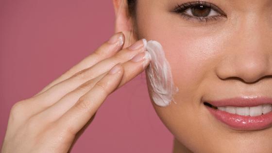 Die perfekte Feuchtigkeitscreme fürs Gesicht – Tipps und Empfehlungen für jeden Hauttyp