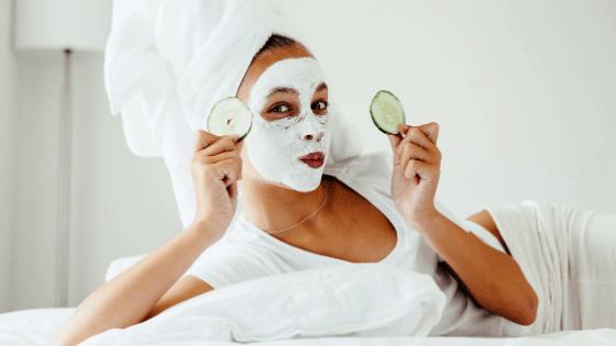 Gurkenmaske selber machen – Hausmittel gegen Augenringe und Hautunreinheiten
