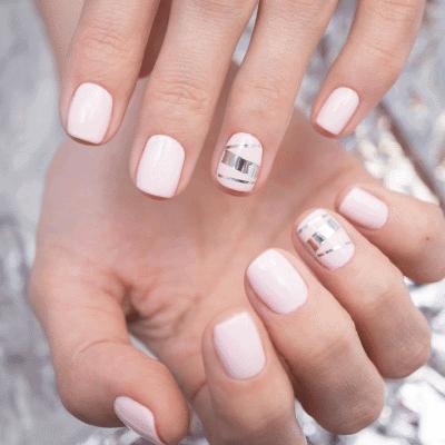 Silber streifen für herbstliche Nägel