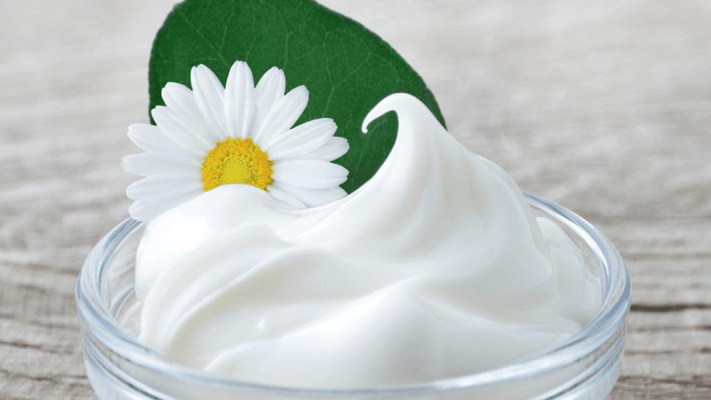 pH-Wert Gesicht Haut pflegen mit Creme