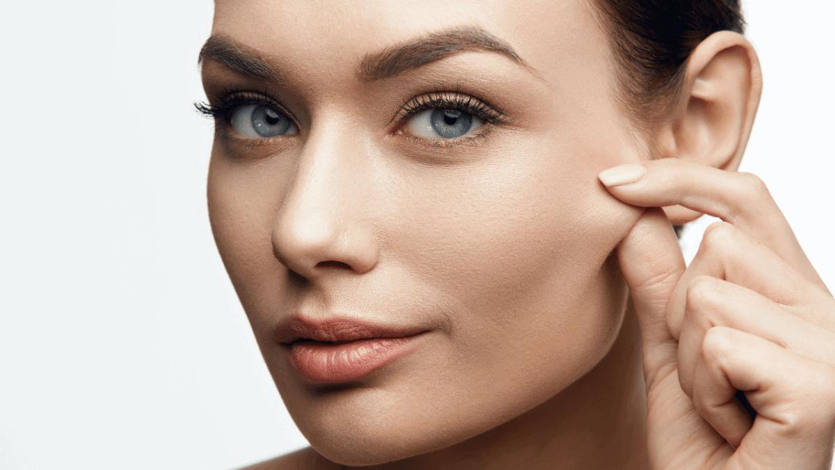 Spannkraft der Haut verbessern – mehr Elastizität für reife Haut