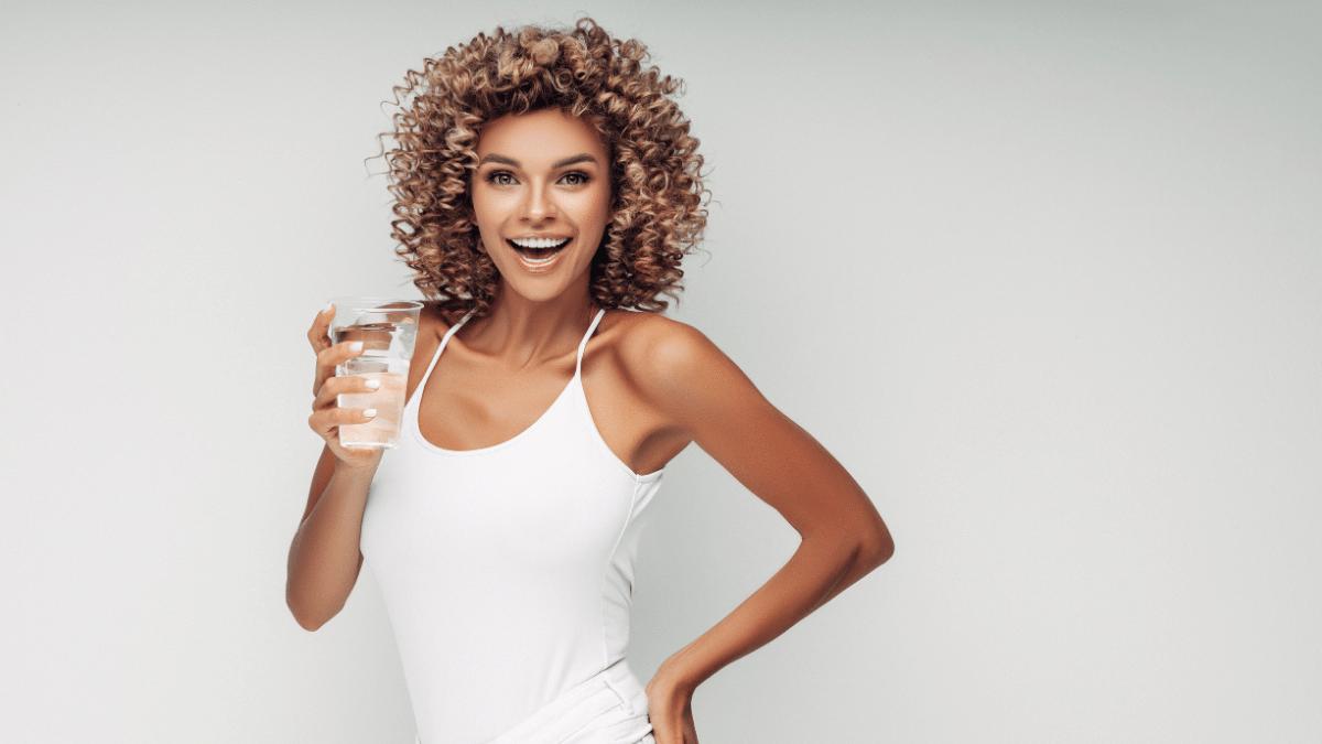 Schönheits-Tipp Wasser trinken