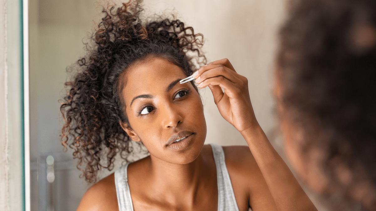 Augenbrauen zupfen Anleitung und Produkttest